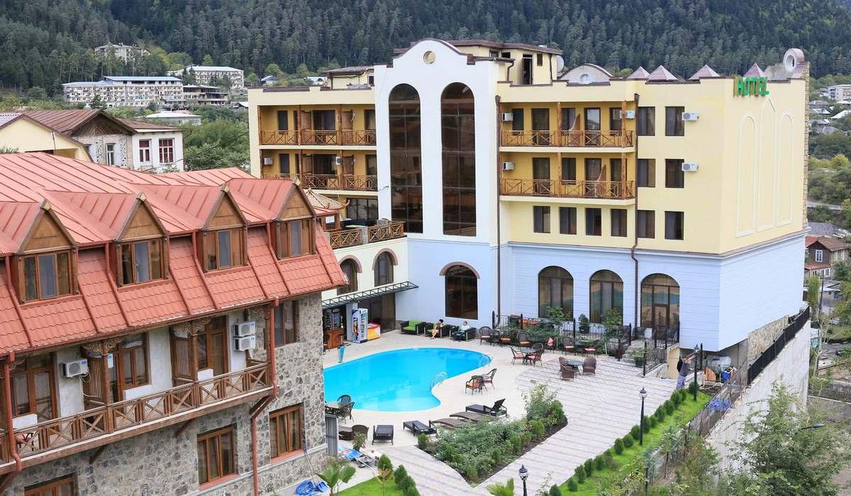 """Borjomi Palace"" sanatoriyası – Gürcüstan"